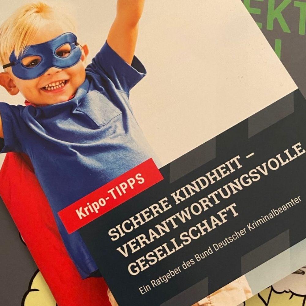 Kinderpsychologe_Kindertherapie_Hüllemann_München_Sichere Kindheit